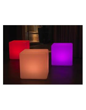Renta de Mesa con 4 cubos